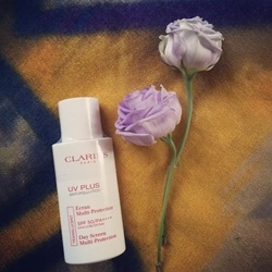Kem chống nắng Clarins UV plus antipollution SPF 50 (không màu) | Sức khỏe -Làm đẹp