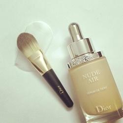 Cọ phấn nền dạng lỏng Dior  | Kem lót/nền