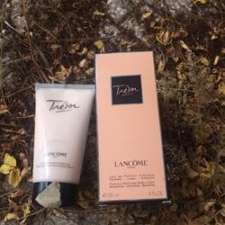 Dưỡng thể nước hoa Body Lotion Lancôme Trésor , 150ml | Body